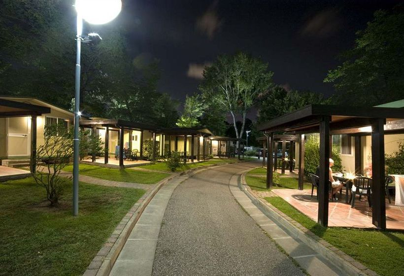 camping flaminio village bungalow park en roma destinia