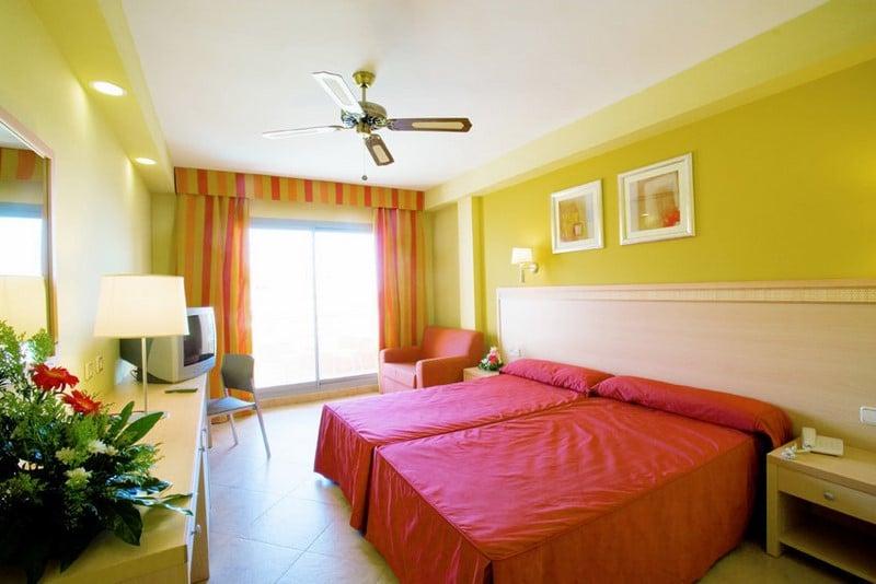 Room Hotel Fenix Family Roquetas de Mar