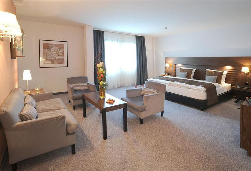 hotel park plaza trier a treviri a partire da 51 destinia. Black Bedroom Furniture Sets. Home Design Ideas