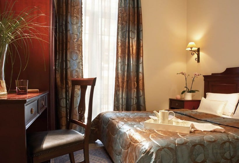 Room Hotel Luxembourg Thessaloniki
