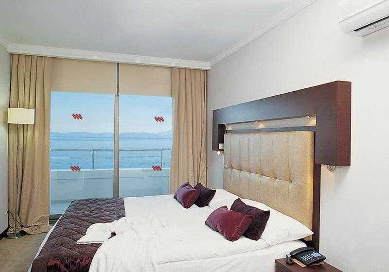 Korumar Deluxe Hotel Kusadasi