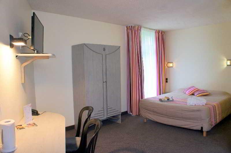 Inter hotel les jardins de l 39 anjou en la pommeraye destinia for Les jardin de l anjou