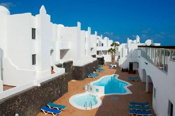 Swimming pool Apartamentos Tabaiba Center Costa Teguise