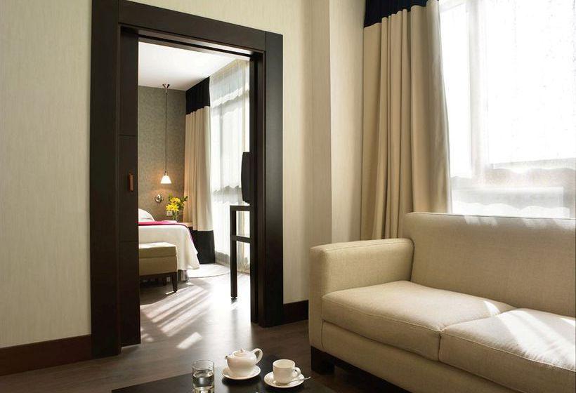 Hotel NH Central Convenciones Seville
