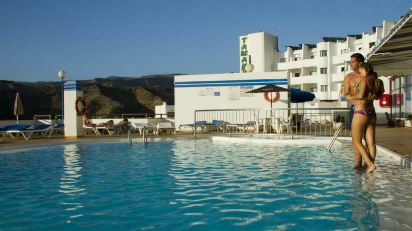 Swimming pool Apartamentos Carlota Puerto Rico
