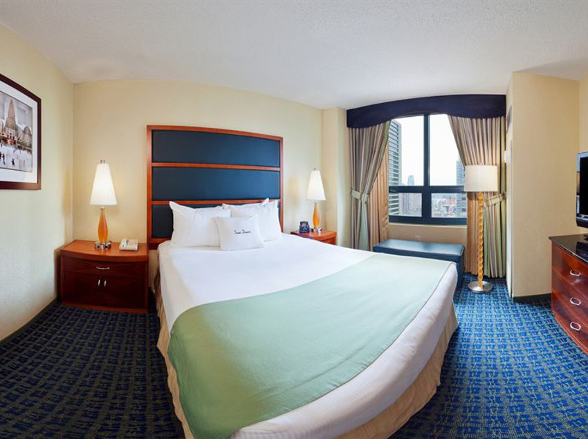 hotel doubletree guest suites times square new york city. Black Bedroom Furniture Sets. Home Design Ideas