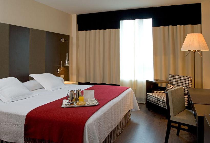 Room Hotel NH Valladolid Bálago