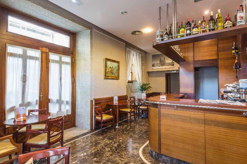 Hotel herradura en santiago de compostela destinia for Oficina de turismo de santiago de compostela