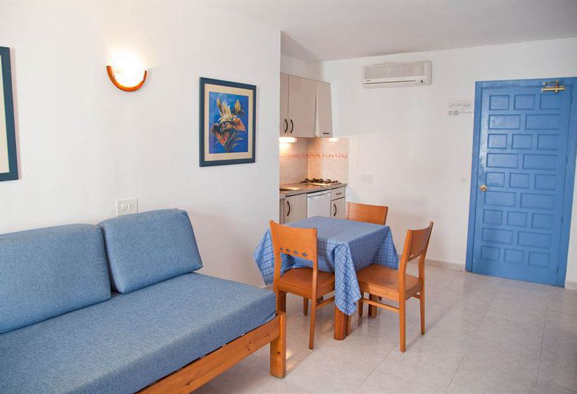 Apartamentos Playa Sol II Es Viver