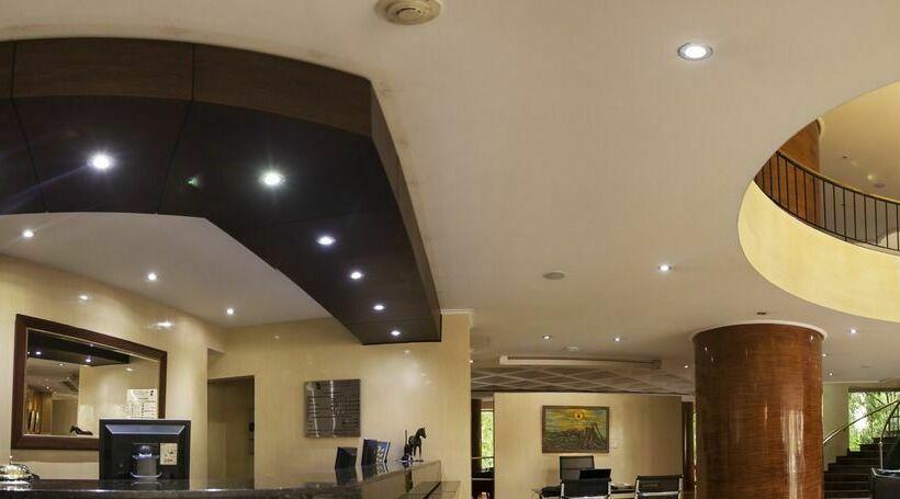 Hotel Porton Medellin