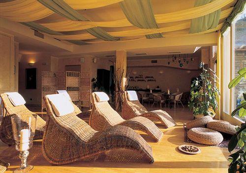 Hotel economici a acqui terme a partire da 34 destinia for Hotel economici roma centro