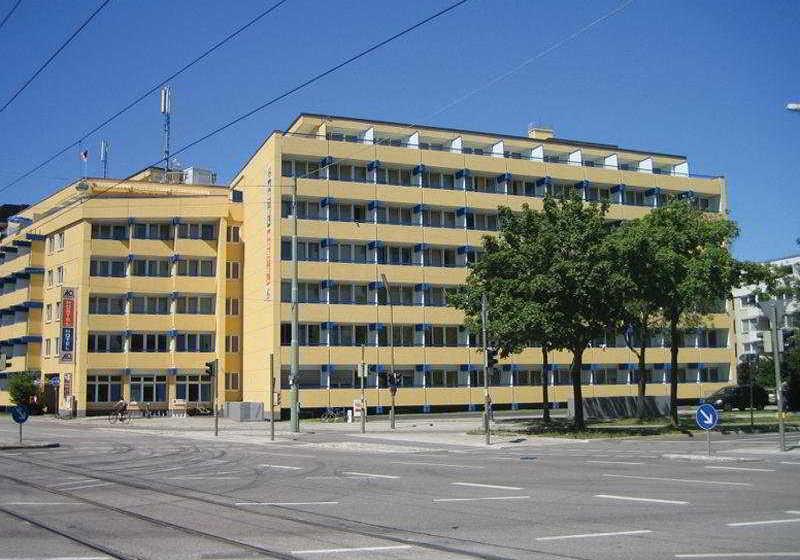 Hotel A&O München Hackerbrücke Munich