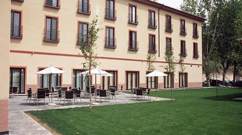 Hotel Balneario Termaeuropa Carlos Iii En Trillo Destinia