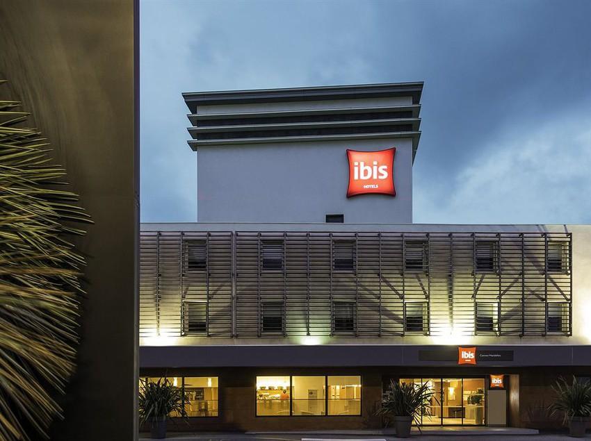 Hotel ibis cannes mandelieu en mandelieu la napoule destinia for Hotel ibis salamanca telefono