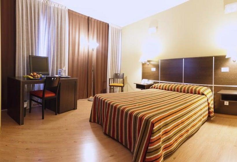 Room Hotel La Estación Benidorm