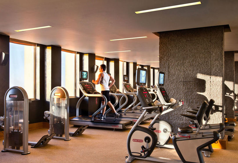 Sports facilities Hotel Fairmont Nile City Cairo