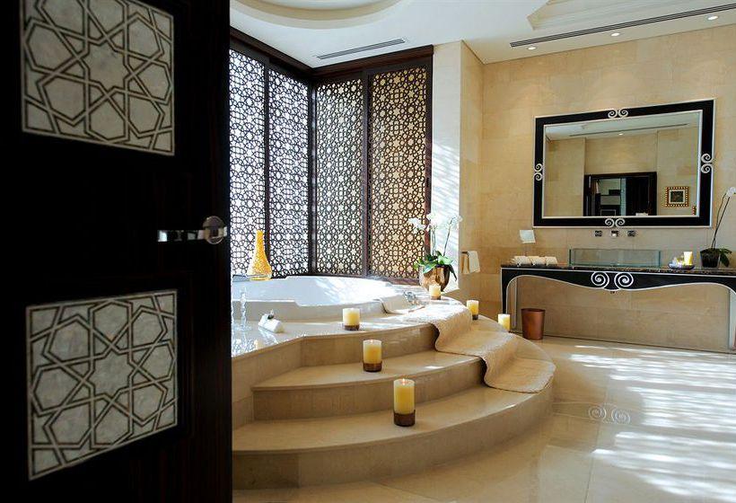 Bathroom Hotel Raffles Dubai