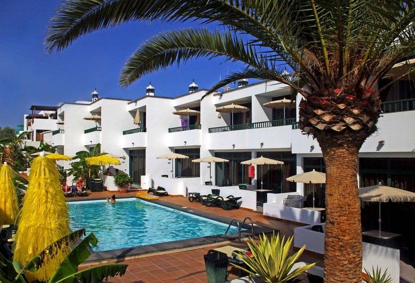 Apartamentos la tegala en puerto del carmen destinia - Apartamentos baratos en puerto del carmen ...