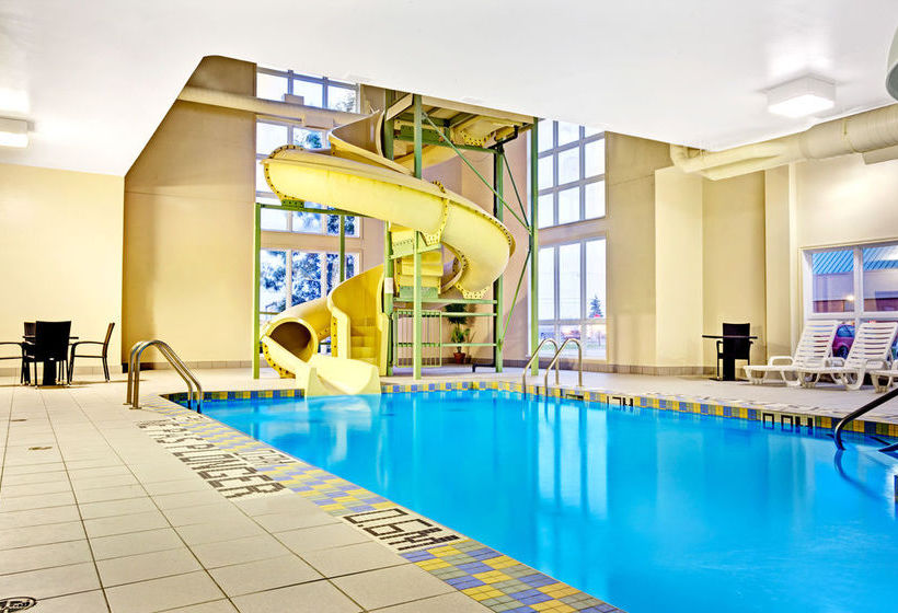 Hotel super 8 saint jerome in saint jerome starting at for Club piscine st jerome telephone
