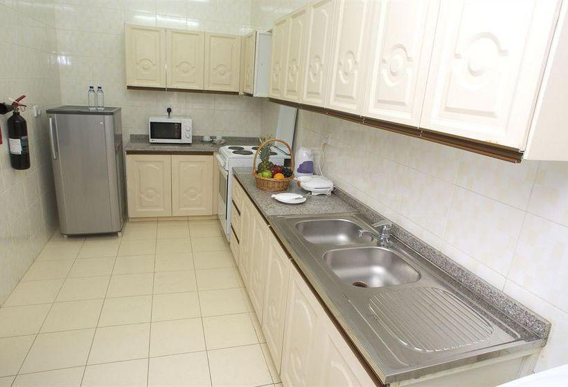 Cuisine Hotel Safeer Plaza Muscat