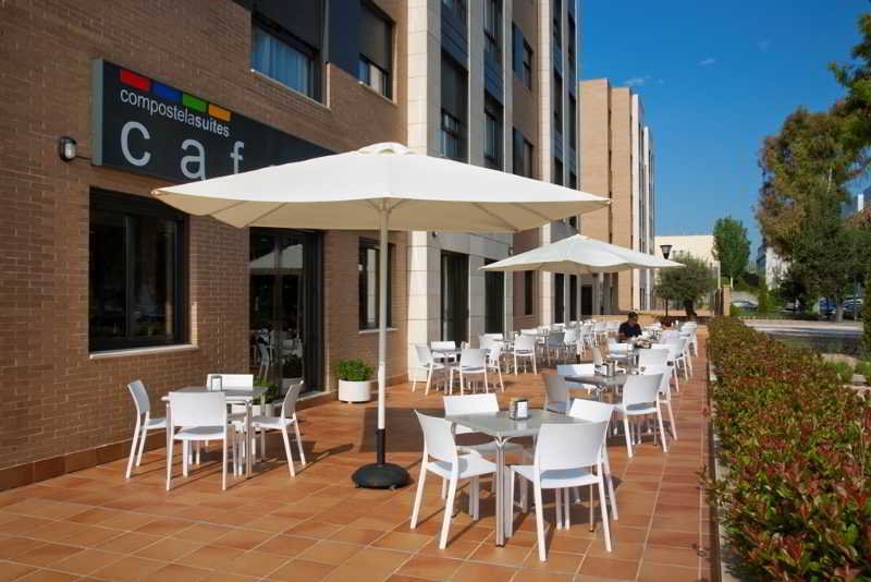 Outside Aparthotel Compostela Suites Madrid