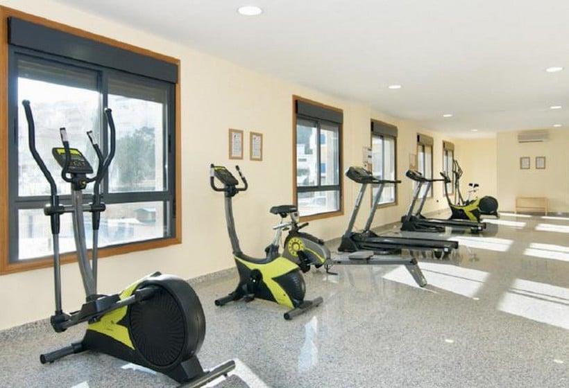 Sports facilities Apartamentos Nuriasol Fuengirola