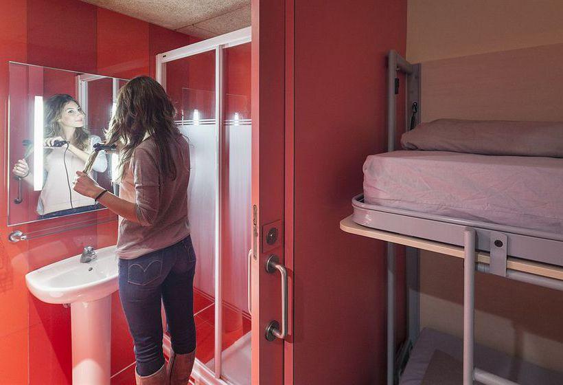 Room Barcelona Urbany Hostel