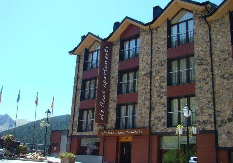 Apartamentos Els Llacs Bordes d'Envalira