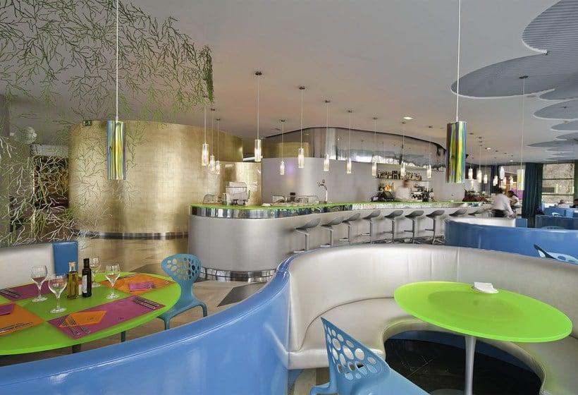 Cafeteria Hotel Reina Petronila Saragossa