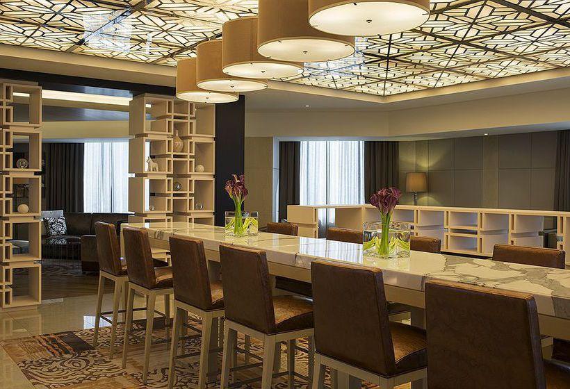 Hotel sheraton dubai mall of the emirates a dubai a for Hotel di dubai