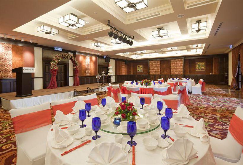 Riria hotere wedding