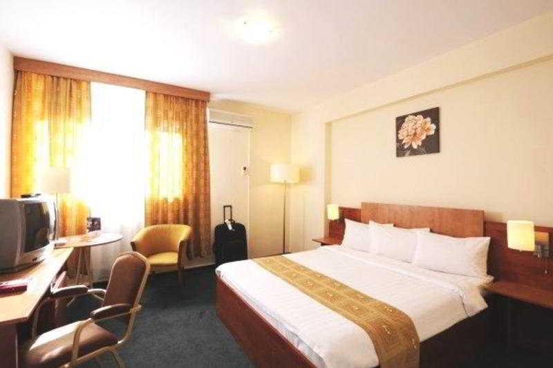 Hotel Rin Express Otopeni