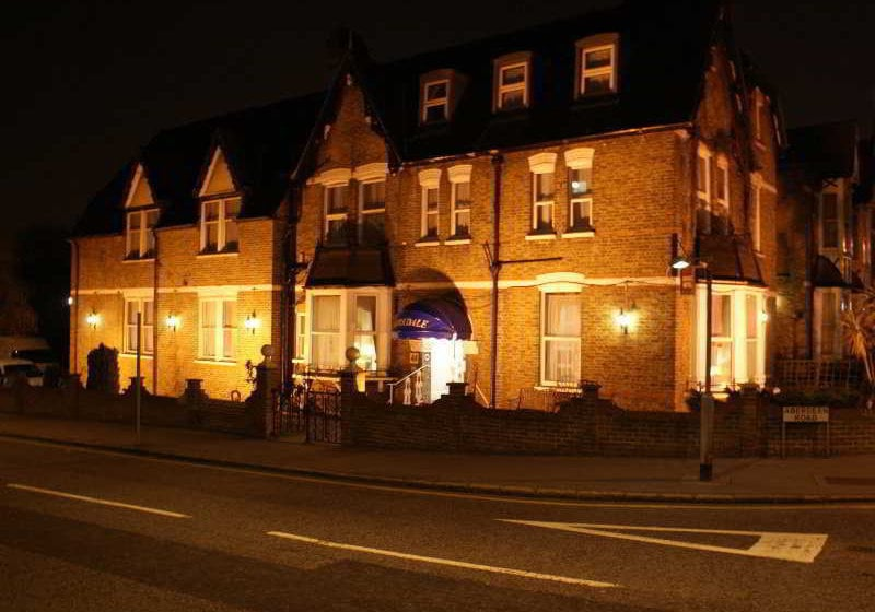 Kirkdale Hotel Croydon
