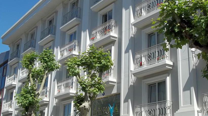 Outside Hotel Innova Sultanahmet Istanbul