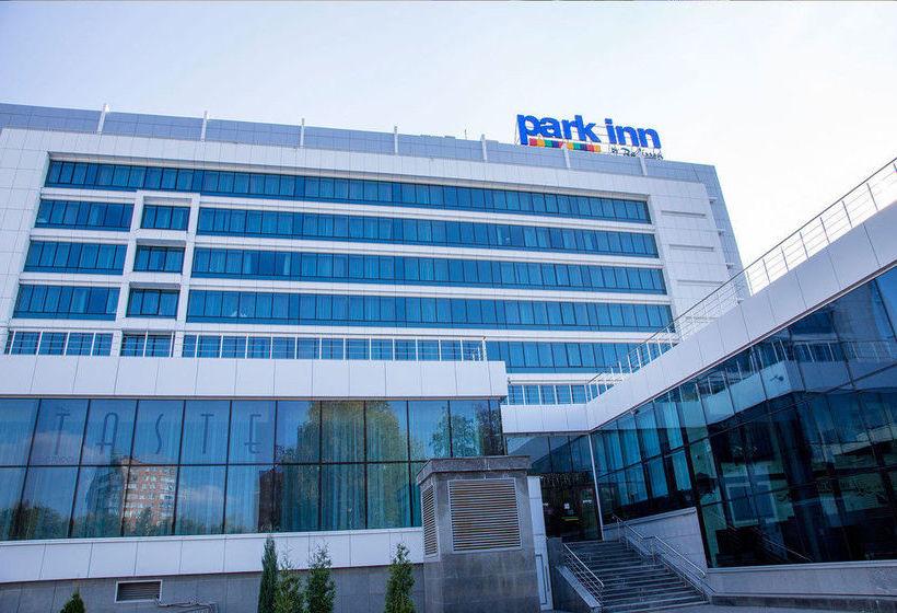 Конференц-зал в отеле park inn by radisson ижевск