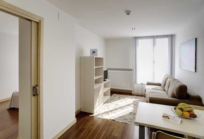 Aparthotel Ovida Oviedo
