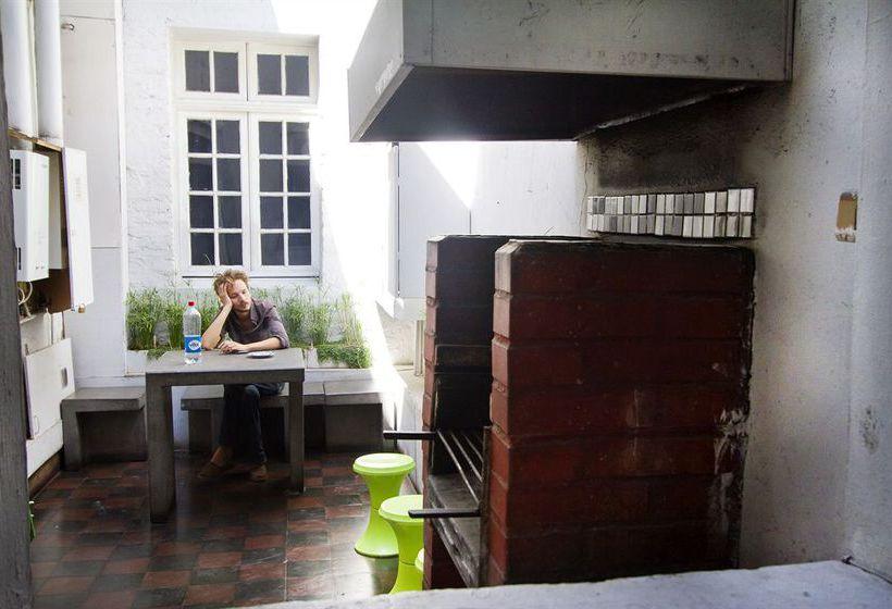هتل Hostal Forestal سانتیاگو