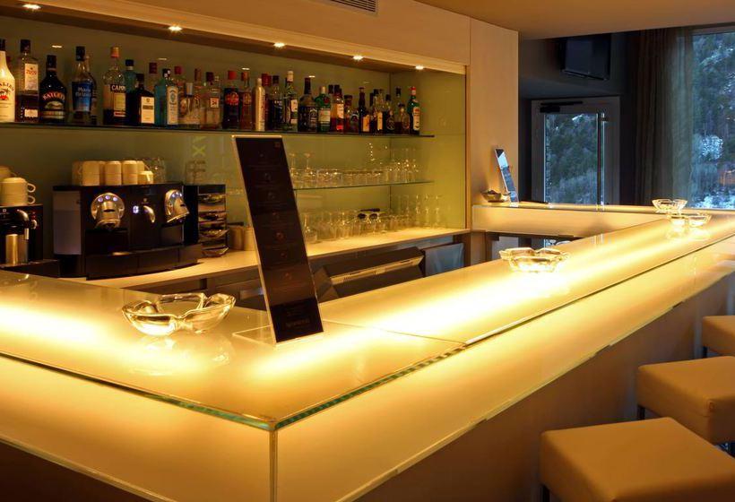 Cafeteria Hotel Xalet Bringue El Serrat