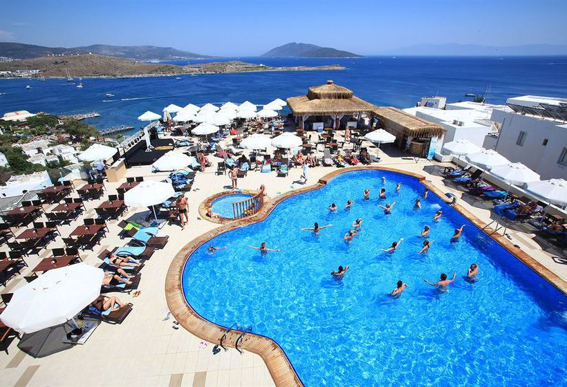 Swimming pool Hotel Royal Arena Resort & Spa Bodrum