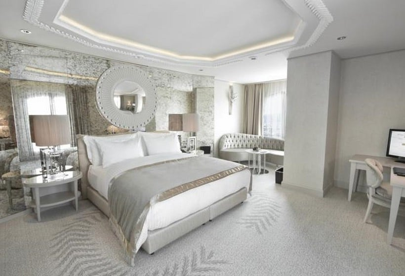Habitación Hotel Wyndham Grand Istanbul Kalamis Marina Estambul