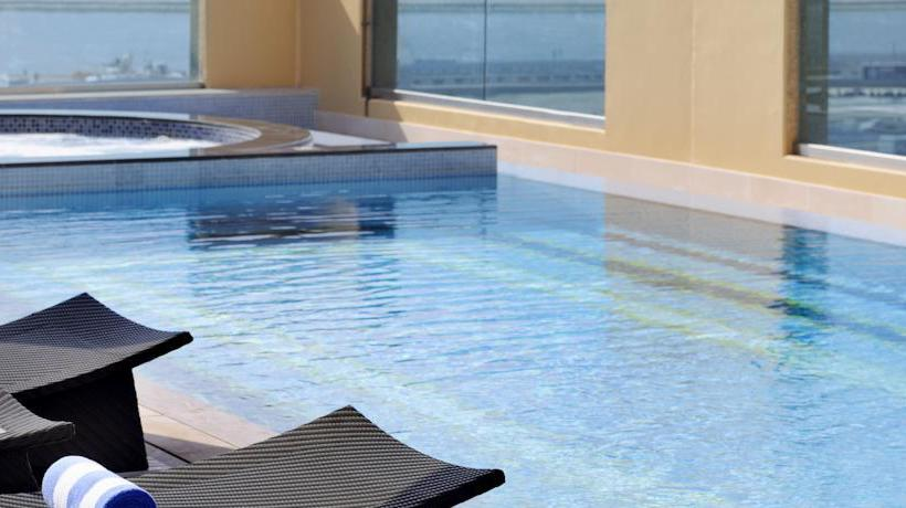 Swimming pool Marriott Hotel Al Jaddaf Dubai
