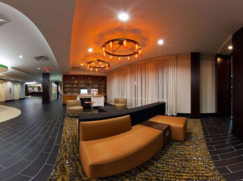 Common areas Hotel Holiday Inn Clark  Newark