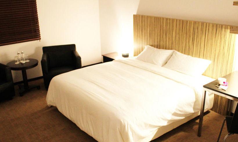 Hotel Arena Suites Singapore
