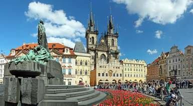 Praga, puente de Todos los Santos