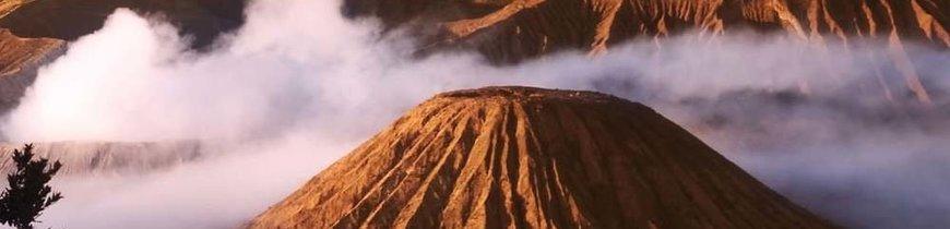 Volcanes de Java, Dragones de Komodo y Exótica Bali