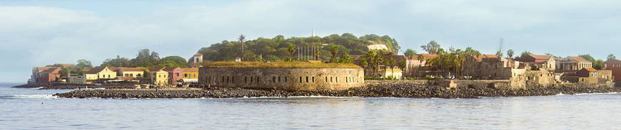 Tour por Senegal con Visita a los Poblados Diolas y el Lago Rosa de Retba