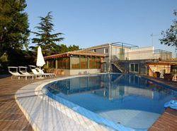 Hoteles en catania baratos desde 23 destinia - Hotel con piscina catania ...
