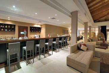 Vincci Resort Costa Golf - نوفو سانكتي بيتري