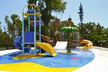 Aluasun Costa Park - تورّيمولينوس