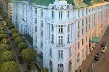 Atlantic Hamburg, Autograph Collection - Hamborg